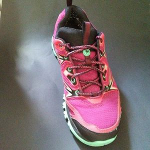 Merrell Select Grip Dry Wm's 9.5 Shoe Bright Red